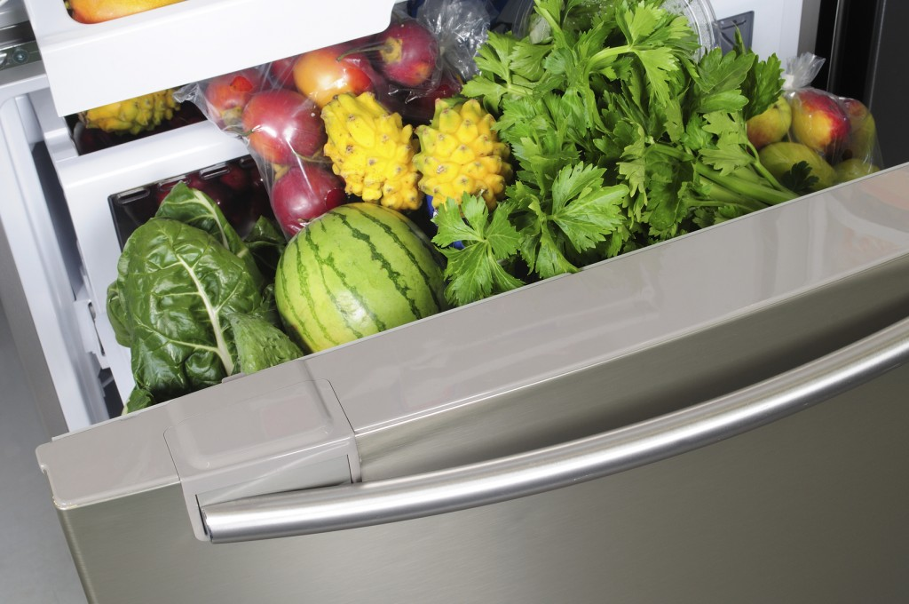 fridge cleaning tips, crisper drawers, salad drawers, 24/7 refrigerator repair service long island, nassau county refrigerator service, refrigerator service queens, refrigerator repairs in nyc