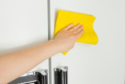 Cleaning Refrigerator | Refrigerator Repairs in NYC | Long Island